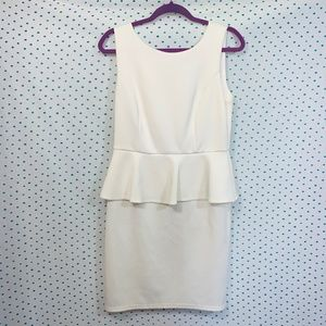 Spense White Sleeveless Peplum Scoop Neck Dress